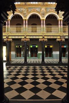Living Room, Chettinad House of Tamil Nadu, India | Chettinad ...