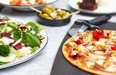 Pizza Express - Now with Gluten-Free Dough-Balls. Willpower, go and whimper in the corner until I am finished!