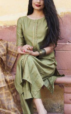 Olive Green Straight Kurta With Full Gota Sharara Suit Set Of 3 Salwar Designs, Silk Kurti Designs, Kurta Designs Women, Kurti Designs Party Wear, Long Kurta Designs, Simple Kurta Designs, Designer Kurtis, Indian Designer Suits, Designer Kurtas For Women