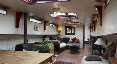 again, realistic size for what I have in mind Small Space Living, Tiny Living, Small Spaces, Living Spaces, Dutch Barge, Mini Loft, Canal Boat Interior, Barge Interior, Luxury Houseboats