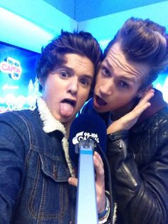 The Vamps- James McVey ad Bradley Will Simpson