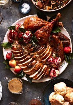 Super Simple Herb Roasted Turkey from www.whatsgabycooking.com (@whatsgabycookin)