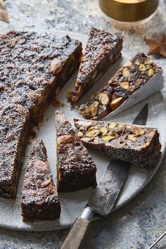 Panforte is an Italian specialty perfect for homemade for finishing a festive meal, simply served with dessert wine or coffee. No Bake Desserts, Just Desserts, Dessert Recipes, Xmas Food, Christmas Baking, Chocolate Desserts, Finger Food, Let Them Eat Cake, Baking Recipes