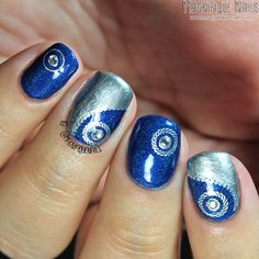Day 8: Metallic Nails using Born Pretty Store: Sliver Circle Pattern Water Decals #31DC14 #nailart #waterdecals #bluenails #nailitdaily