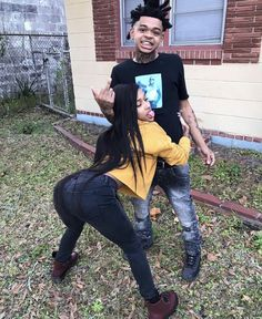 i wanna take pictures like this with my boo ☹️💛 relationship goals Cute Black Couples, Black Couples Goals, Cute Couples Goals, Dope Couples, Black Relationship Goals, Couple Goals Relationships, Couple Relationship, Boy And Girl Best Friends, Cute Couple Outfits