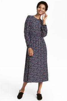 0d32444148 Sukienka z długim rękawem - Ciemnoniebieski Kwiaty - ONA