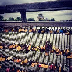 Paris#Cadenas.