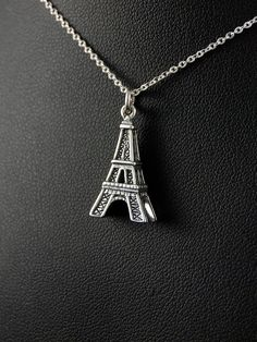Eiffel tower silver pendant  Stříbrný přívěsek 925 punc, design Eiffelova věž. 54-706-11362