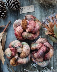 wanderlust diy Hand dyed yarn from Yama Fibre Art in the colorway Wanderlust. Perfect for knitting and other DIY projects. Knit Stitches For Beginners, Yarn Spinner, Expression Fiber Arts, Hedgehog Fibres, Yarn Stash, Yarn Ball, Fibre Art, Hand Dyed Yarn, Yarn Colors