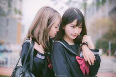 I like that,I hope You too.◕з◕ Welcome to my seifuku-world (◕ω◕) Cute Asian Girls, Girls In Love, Beautiful Asian Girls, Cute Girls, Human Poses Reference, Pose Reference Photo, Yuri, School Girl Dress, Korea