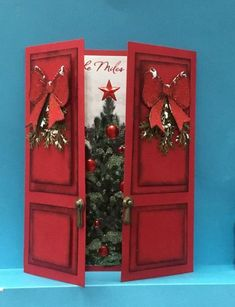 Christmas Doors by jandjccc – Cards and Paper Crafts at Splitcoaststampers – Christmas DIY Holiday Cards Homemade Christmas Cards, Christmas Cards To Make, Christmas Paper, Christmas Greetings, Homemade Cards, Christmas Crafts, Christmas Trees, Black Christmas, Rustic Christmas