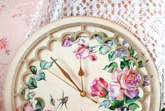 """Купить Часы настенные """"Розовый сад"""" - часы с розами, часы настенные, часы на кухню"""