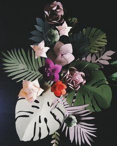 Тропическое вдохновение от @hikimastery Flower Paper, Tropical Plants, Paper Design, Paper Art, Plant Leaves, Christmas Ornaments, Holiday Decor, Instagram Posts, Inspiration