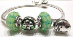 ......I Love Nature tra i vetri Eden. Solo alcuni dei beads pensionati da Ohm Beads disponibili nel nostro sito web:www.gold-jewels-italy.com