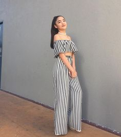 New Girl Style, Filipina Actress, Shot Hair Styles, Teen Actresses, 2 Piece Outfits, Pretty And Cute, Everyday Outfits, Classy Outfits, Girl Crushes