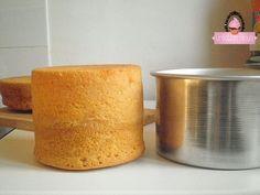 Wedding Cake Recipes 12812 basic sponge cake - basic recipe for cake design - Création Hloua: creation of personalized cakes Genoise Cake, Gateau Cake, School Cake, Personalized Cakes, Cupcakes, Chiffon Cake, Sponge Cake, Savoury Cake, Cake Art