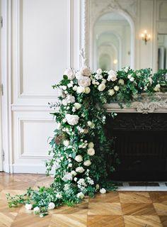 Wedding Christmas 2019 Concepts Young Room – home accessories Parisian Wedding, Floral Wedding, Wedding Flowers, Ballroom Wedding, Wedding Ceremony, Home Renovation, Decor Photobooth, Wedding Mantle, Wedding Designs