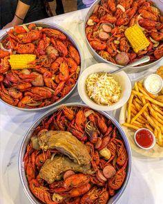 Helathy Food, Crawfish Season, Seafood Boil Recipes, Boiled Food, Edible Food, Seafood Dinner, Food Goals, Aesthetic Food, Food Cravings