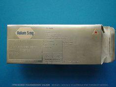 Konrad Mehus - Norsk folkemedisin Valium - 1998 - brooch