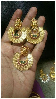 India Jewelry, Ear Jewelry, Wedding Jewelry, Gold Jewelry, Beaded Jewelry, Gold Bangles, Bead Jewellery, Temple Jewellery, Gold Rings