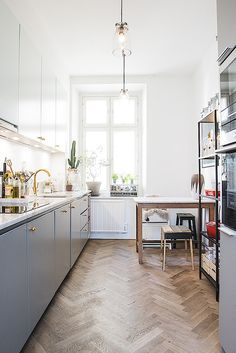 Stockholm Apartment With Beautiful Ceiling  gravityhomeblog.com - instagram - pinterest - bloglovin