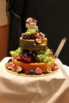 Wedding+Cheese+Cake  ★❤★ Trending • Fashion • DIY • Food • Decor • Lifestyle • Beauty • Pinspiration ✨ @Concierge101.com