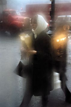 http://pavelkosenko.wordpress.com/2014/05/25/a-set-of-photographs-by-saul-leiter-1923-2013/