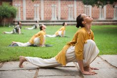 'Awaken your body with Upa Yoga' is Yoga course offered by Yoga Sadhana - school of Classical hata Yoga in Sydney. The course covers a set of practises that awaken the body and remove inertia from the system by relieving stiffness and tightness in the muscles and joints.