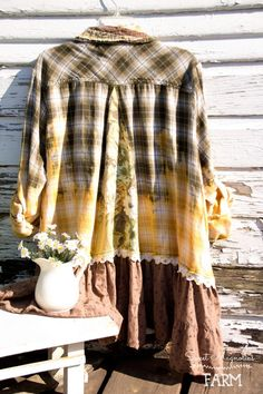Khaki & Gold Ombre dyed Plaid Flannel Shirt - Tunic - Womens A Line - Boho Clothing - Womens Upcycled - Vintage Floral Bark Cloth OOAK Umgestaltete Shirts, Flannel Shirts, Flannel Outfits, Refashioning, Shirt Refashion, Upcycled Vintage, Mode Outfits, Plaid Flannel, Shirt Jacket