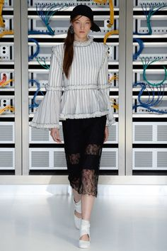 Chanel Spring 2017 Ready-to-Wear Collection Photos - Vogue