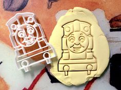 Hey, I found this really awesome Etsy listing at https://www.etsy.com/listing/203650393/thomas-the-tank-enginecookie-cutter-made