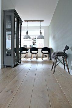 Une maison au look scandinave rock en Angleterre - PLANETE DECO a homes world