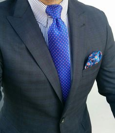 We love the subtle check on this jacket. #itsallinthedetails #cobaltblue