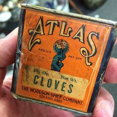 Another find from Woolson Spice managed to crank out some cool packaging and advertising. #typehunter