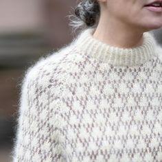 Lace Knitting Patterns, Knitting Charts, Knitting Stitches, Knitting Designs, Poncho Sweater, Men Sweater, Girls Sweaters, Sweaters For Women, Mulberry Silk