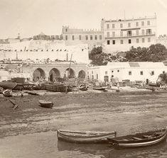 Antonio Cavilla Photographer: Tánger, vista de la aduana y del Hotel Continental.