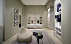 Vitra - Wolford in London UK Lingerie Store Design, Retail Fixtures, Bathtub, Wolford, Architecture, House, London, Shopping, Drawing