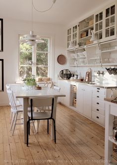 lovely kitchen, with a great wooden floor