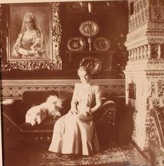 Old Photos, Vintage Photos, Victorian House Interiors, Familia Romanov, Prince Felix, Royal Photography, Imperial Russia, Beautiful Architecture, Empire