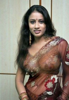 Navel saree indian aunty