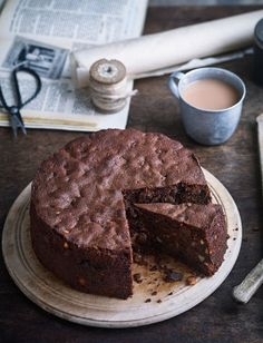 Our delicious Italian chocolate Christmas cake recipe was inspired by the traditional dessert panforte