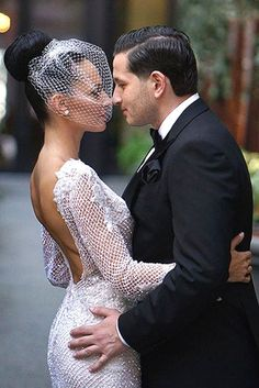18 Incredible Wedding Hats That Make You Unique ❤ See more: http://www.weddingforward.com/wedding-hats/ #weddings
