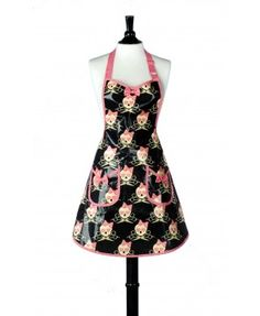 Stylish salon aprons at Jessie Steele. New January offer of salon cape with every salon apron purchased.
