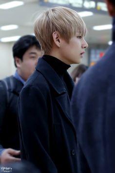 BTS V   Taehyung   © VELICITAS - source: BTSV1230.com
