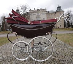 Vintage Pram, Prams And Pushchairs, Baby Prams, Baby Carriage, Beautiful Babies, Kids And Parenting, Baby Strollers, Cots, Felicia