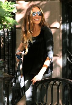 Sarah Jessica Parker's Undone Waves: Why a Blowout Is Always Better the Next Day – Vogue