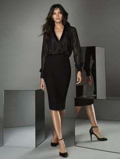 Knee-length dress with two-piece effect, loose, glittering fil coupe blouse, satin lapel and crepe pencil skirt. Pick your dress and request and appointment! Suit Fashion, Look Fashion, Fashion Outfits, Womens Dress Suits, Suits For Women, Black Cocktail Dress, Cocktail Dresses, Formal Looks, Stylish Outfits