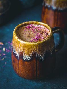 Dairy-Free Hazelnut Hot Chocolate (Vegan, GF, Oil-Free, Refined Sugar-Free) #veganrecipes #chocolate