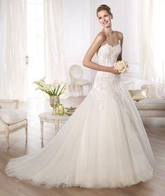 A Line Sweetheart  Chapel Train Ivory Tulle Wedding Dress B14P0033