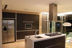 Encontrá las mejores ideas e inspiración para el hogar. vivenda unifamilar MORENO por cm espacio & arquitectura srl | homify